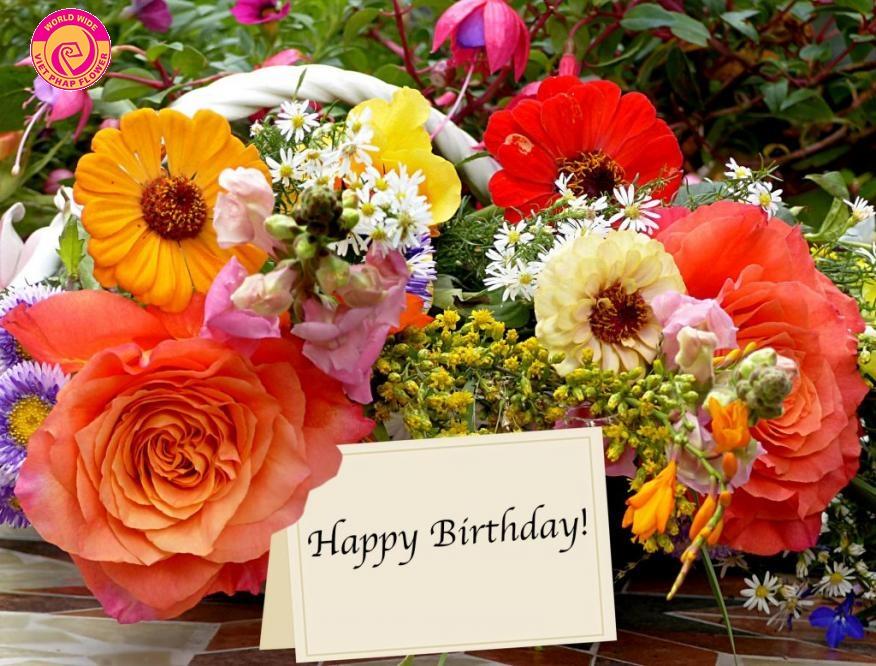 Hoa tươi là món quà tặng sinh nhật rất ý nghĩa