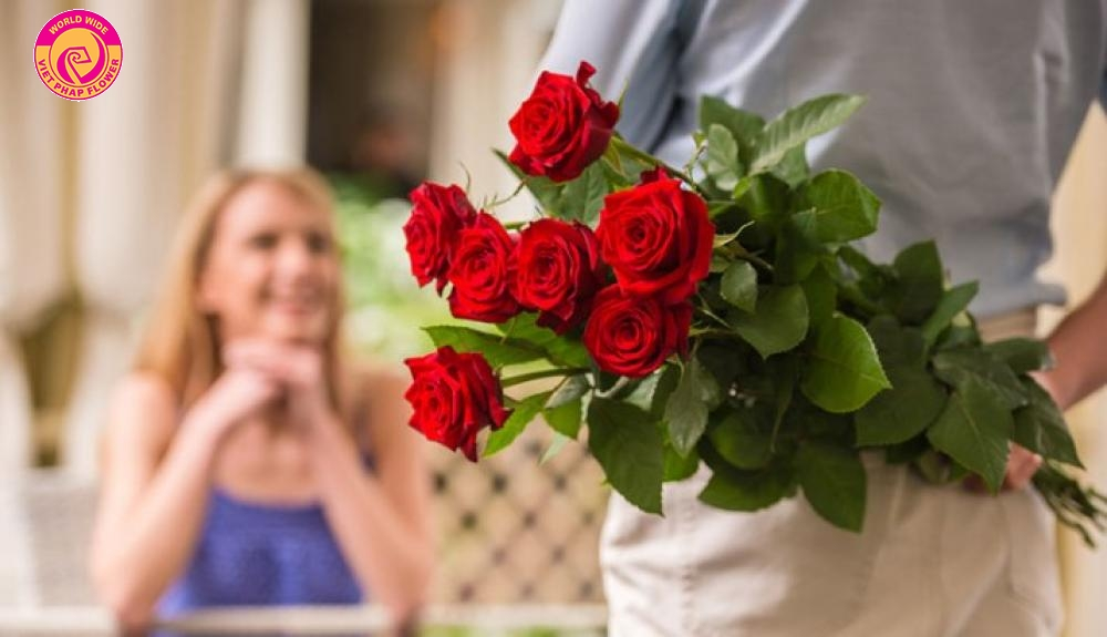 Hoa tươi là món quà lý tưởng để gửi gắm những lời chúc chân thành nhất