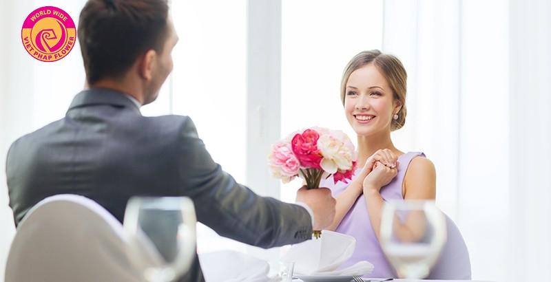 Là phụ nữ ai cũng muốn được tặng hoa tươi vào ngày sinh nhật