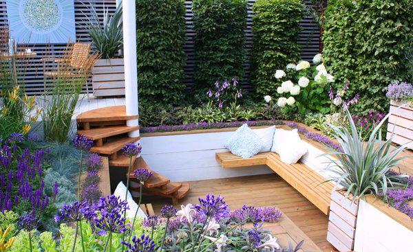 Thiết kế sân vườn hoa đẹp đơn giản