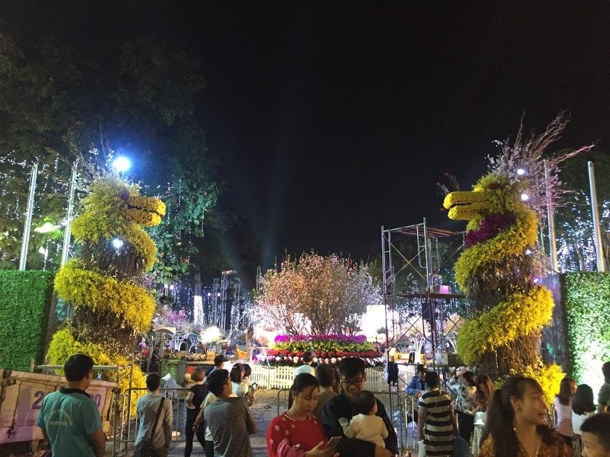 Lễ hội hoa anh đào 2019: Hàng trăm loài hoa khoe sắc rực rỡ
