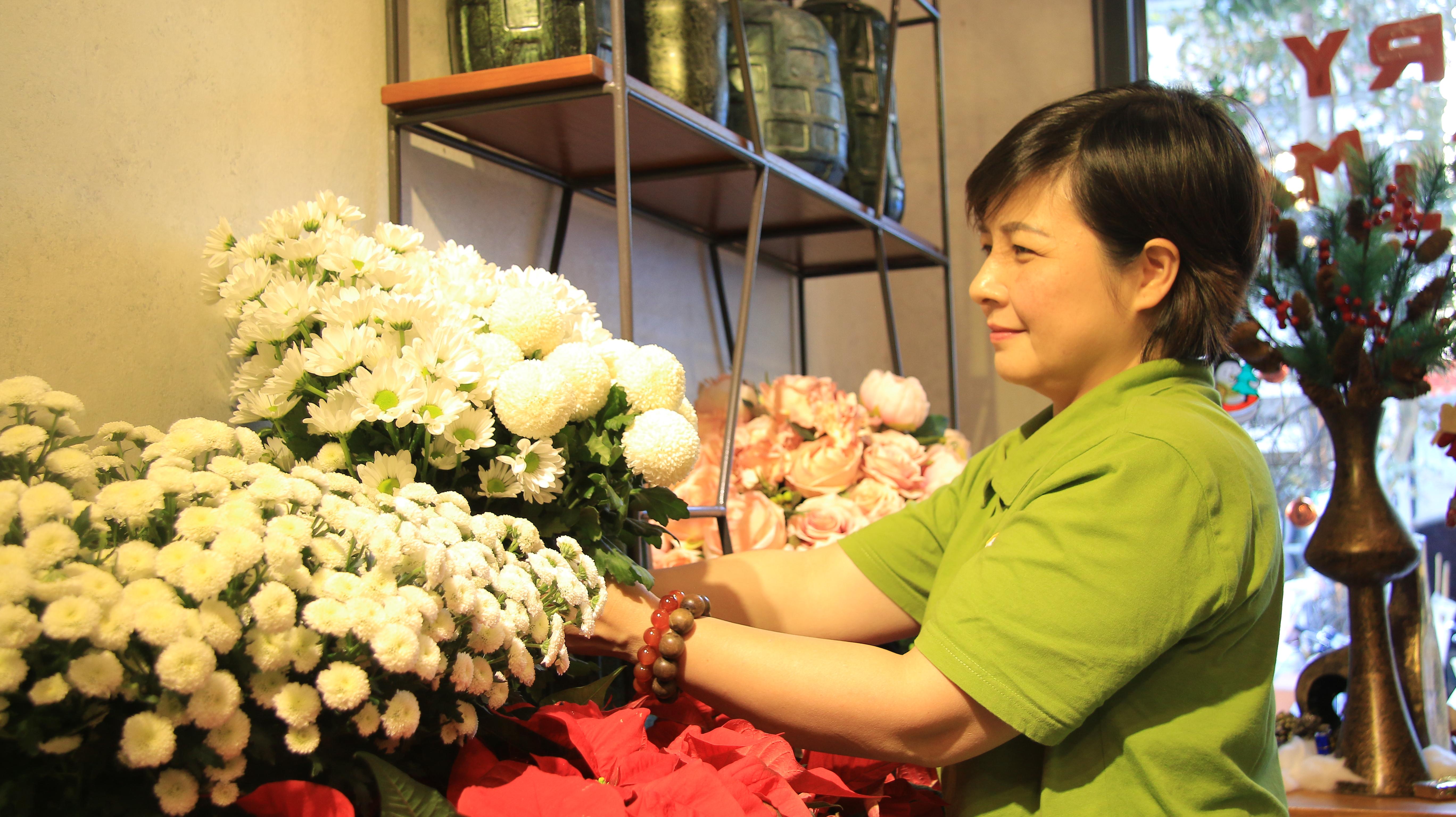 Hoa Việt Pháp tuyển dụng vị trí giám đốc điều hành