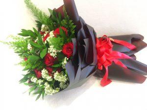 bó hoa hòng đỏ