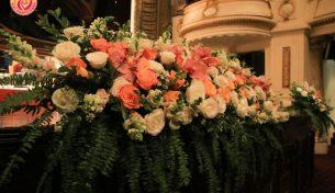 Cắm hoa nghệ thuật sự kiện nên chọn hoa gì và cắm như thế nào?