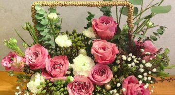 Tươi thắm những lẵng hoa tri ân thầy cô ngày Nhà giáo Việt Nam